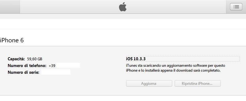 iTunes scarica l'ultima versione di iOS, per installarla sul tuo dispositivo